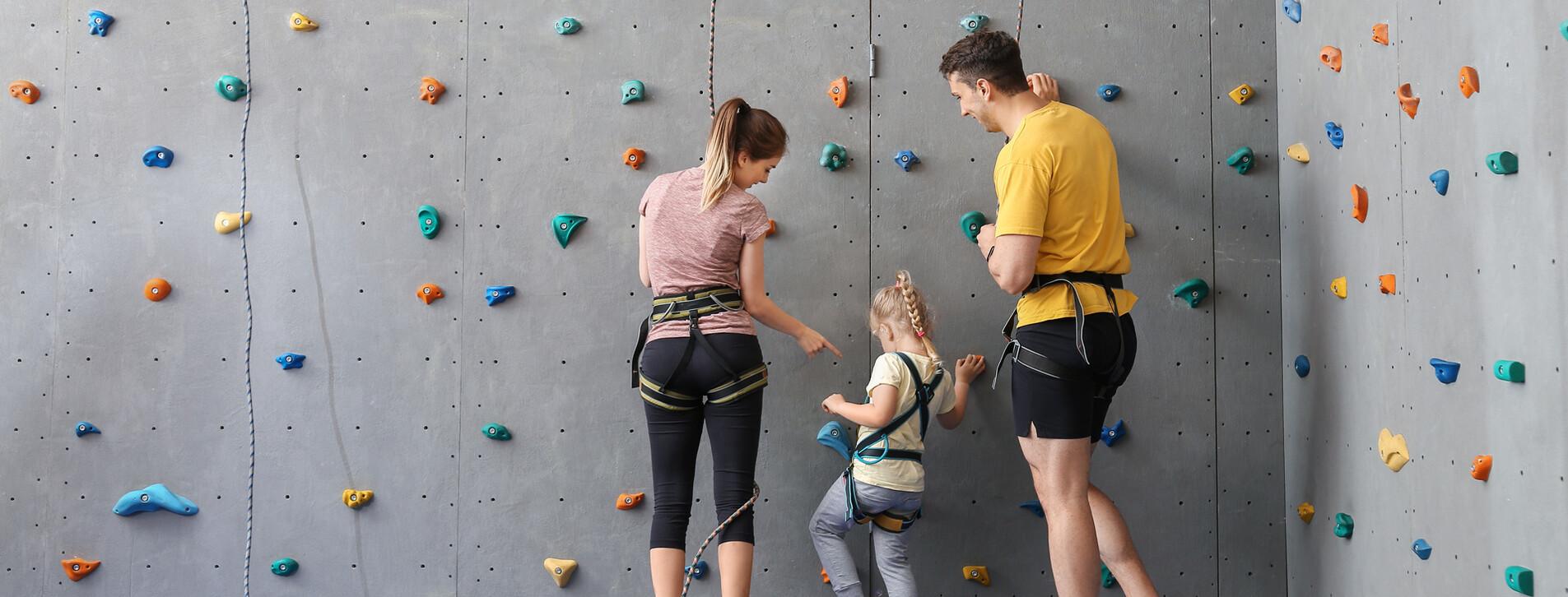 Fotoğraf - Aile için Yapay Duvar Tırmanışı