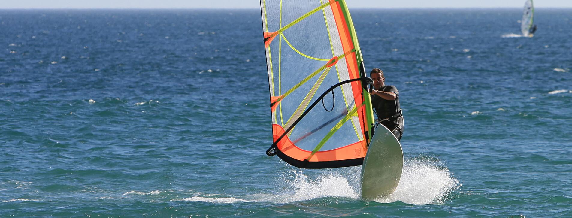 Fotoğraf 1 - Rüzgar Sörfü Başlangıç Eğitimi