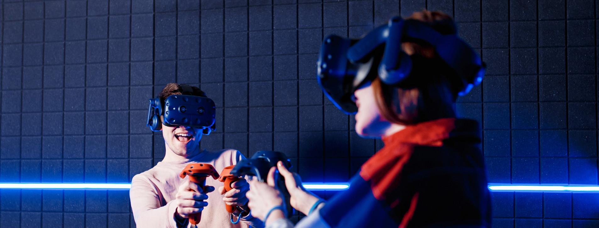 Fotoğraf 1 - İki Kişi için VR Sanal Gerçeklik Oyunu