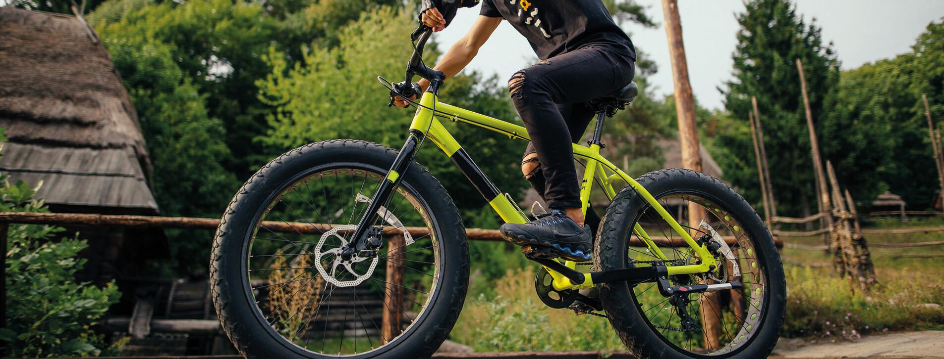 Fotoğraf - Ormanda Fetbike Bisiklet Turu